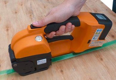 Flejadora manual eléctrica GT ONE 10-16mm para fleje de PET y PP con batería y cargador 4